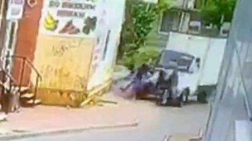 Пьяный россиянин специально наехал на четверых обидчиков. Один из них умер на месте (видео) - «Происшествия»