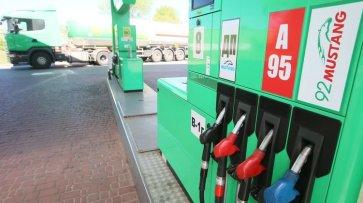 Бензин по 40, дизель — до 38. Почему цены на АЗС бьют рекорды - «Спорт»