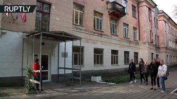 Колледж в Керчи возобновил работу после трагедии 17 октября - (видео)
