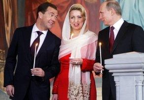 Наверно, богу очень смешно, как его защищают в России - «Новости дня»