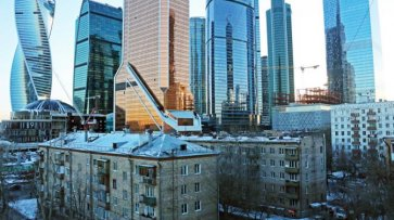 Российская пропасть растет: Олигархи богатеют, бедные нищают - «Новости дня»