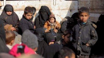 Беженцы в «Эр-Рукбане» заявили, что многих из них удерживают боевики - «Происшествия»