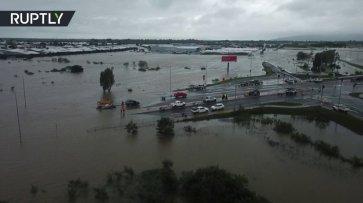 В Австралии более тысячи человек эвакуированы из-за наводнения - (видео)